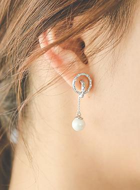 珍珠中间圆领耳环