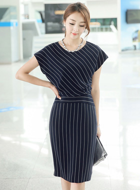 优雅条纹连衣裙