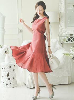 女人亚麻收集连衣裙