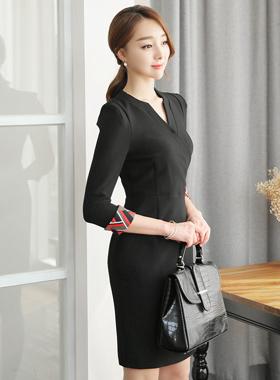 现代配色柔软租赁连衣裙