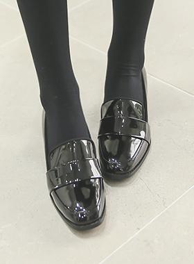 漆皮中间包子鞋