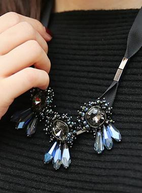 爱丽丝立方缎带项链