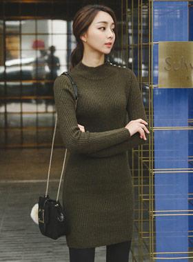 Rouelle半极性针织衫连衣裙