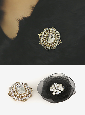 工艺品花和金立方胸针(2套)
