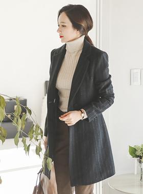现代条纹修身呢子大衣