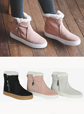 柔软的皮毛高帮运动鞋胶底帆布鞋