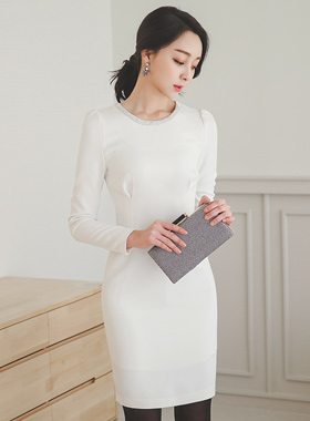 奢华裙修身飞镖立方米颈部连衣裙