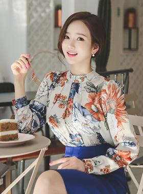 丝毛东方的花女衬衫