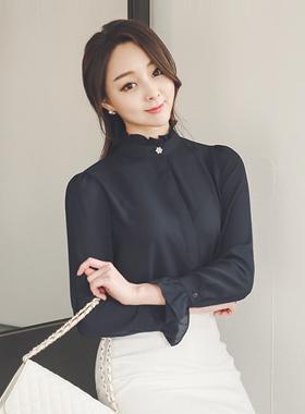 菊花荷叶边领珍珠女衬衫