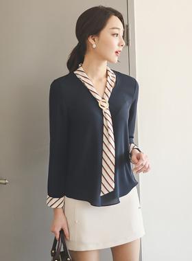 条纹围巾女衬衫