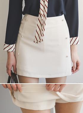 珍珠按钮线条裤裤
