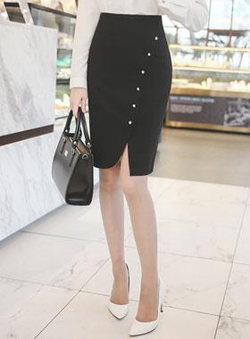 郁金香切口珍珠按钮裙子