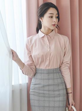 简单卷起袖子棉衬衫