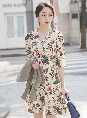 桃色花波浪群/喇叭裙连衣裙