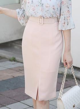 宽腰带密缝裙子