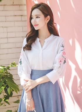 花卉绣花亚麻棉女衬衫