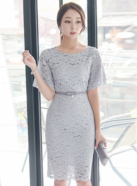 贝尔套珍珠带蕾丝连衣裙
