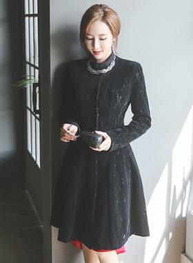 Pwireu组丝绒蕾丝波浪群/喇叭裙呢子大衣