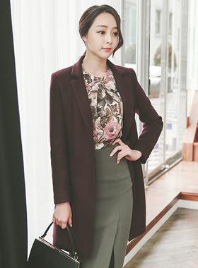 现代色彩方案量身定制的西装领型呢子大衣