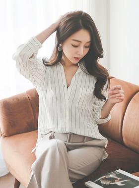 现代条纹胭脂女衬衫