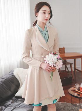 珍珠色带卡拉马里恩波浪群/喇叭裙外套
