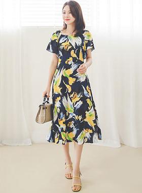 这是一个壁球组波/喇叭裙长款连衣裙