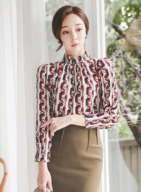 奢华裙颜色链条折叠的女人衬衫