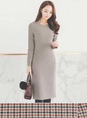 现代基本圆领连衣裙