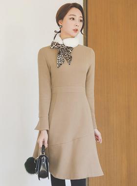珍珠袖口剪波浪组/喇叭裙连衣裙
