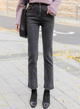 直身直绒绒黑色牛仔布牛仔裤