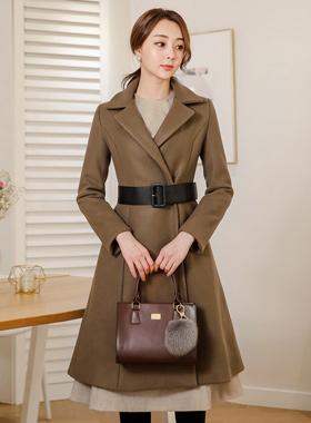 皮革束腰泰勒波群/喇叭裙呢子大衣