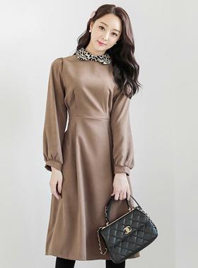 纹纹领泡泡袖波浪组/喇叭裙长款连衣裙