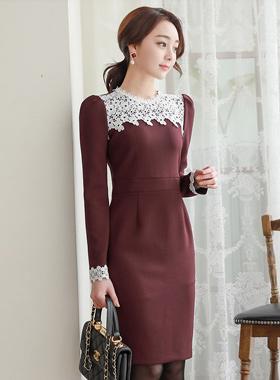 安娜蕾丝配色弹力连衣裙