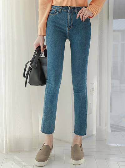 缝线简单裁剪水洗紧身牛仔裤