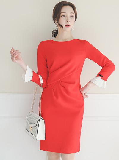 品齐褶皱 珍珠 褶边 袖口 连衣裙
