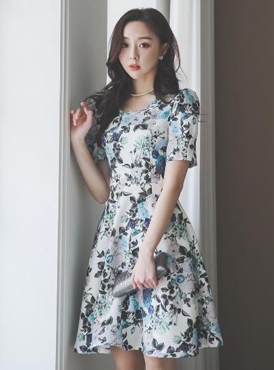 蓝玫瑰 图案 方领 喇叭 连衣裙