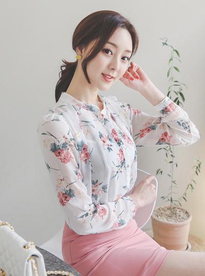 Monet花纹褶皱雪纺珍珠罩衫