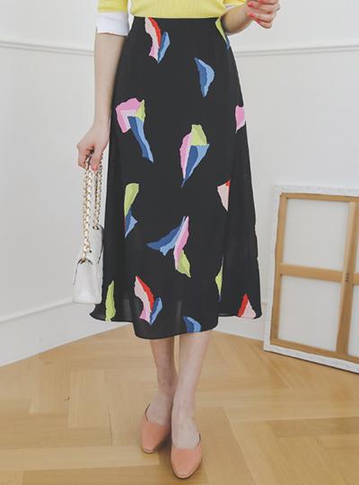 塞尔维亚彩色碎片A字型长款裙子