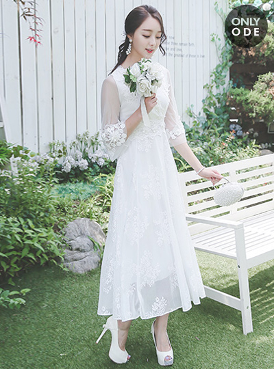 德马雷自己的婚礼礼服