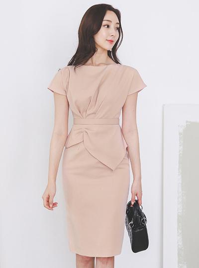 品齐褶皱 荷叶边 法式 袖子 弹力 连衣裙