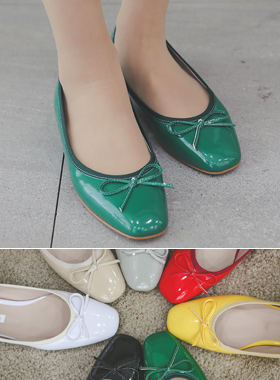 漆皮方圆形小方平底鞋