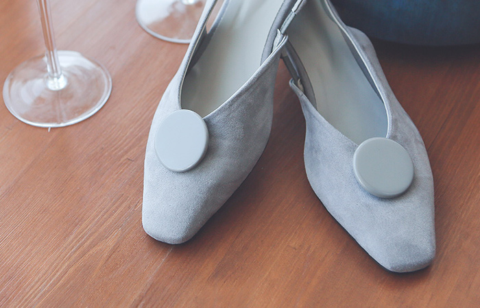 单圆形 翻毛皮 柔色 露脚后跟鞋