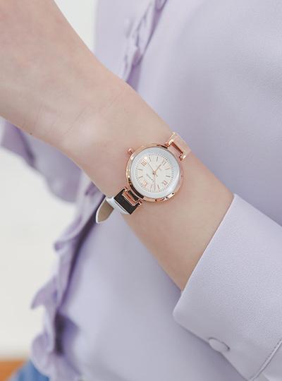 粉玫瑰 简单 牛皮 手表