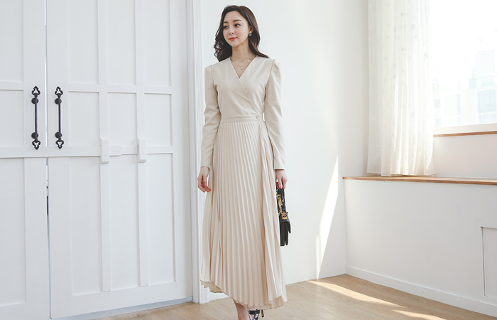 裹身风格 V字领 褶边 长款 连衣裙