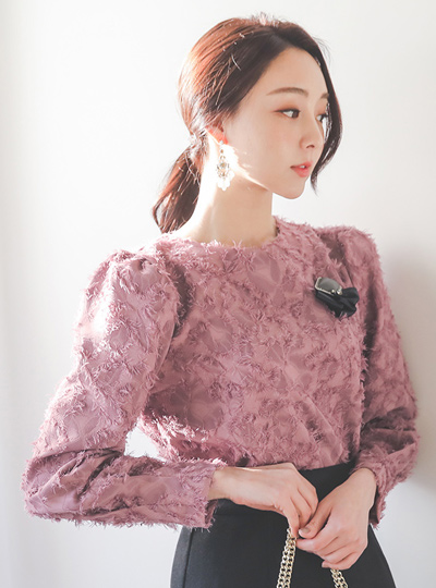 羽毛图案条纹女人衬衫