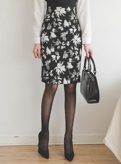提花刷触摸弹力裙子