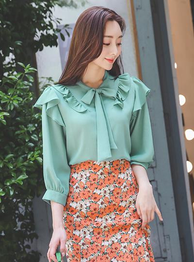 玛德琳荷叶蝴蝶结领结皱纹罩衫