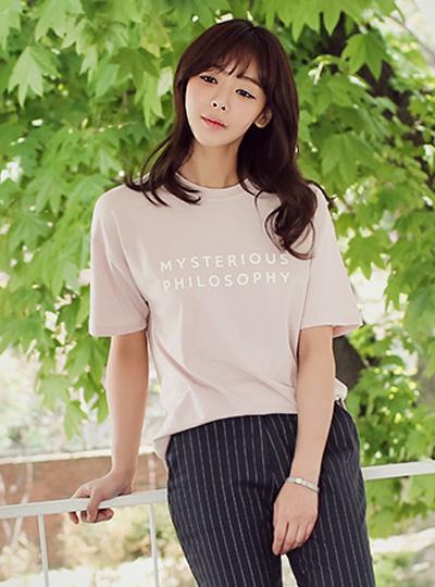 哲学圆领Ť恤衫