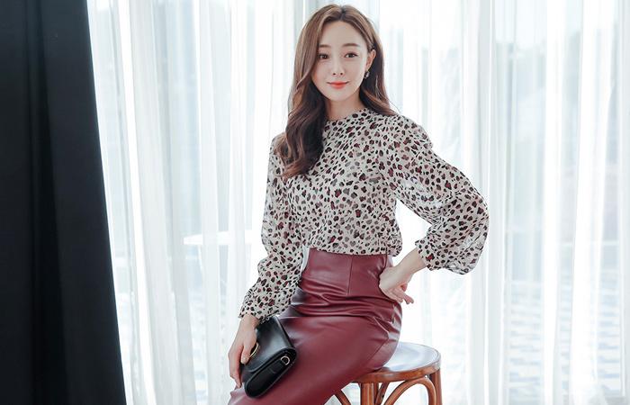 最小的豹色颜色真丝女衬衫