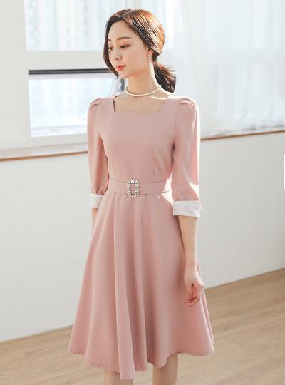 镶钻 束带 方领 喇叭 连衣裙